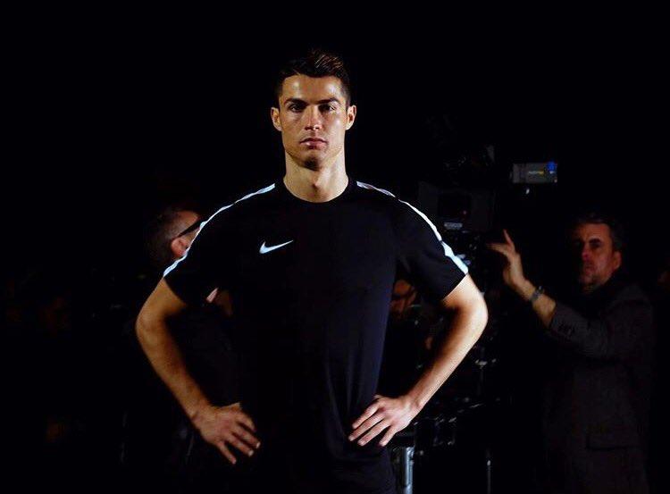 Esto Es Lo Que Gana Cristiano Ronaldo Por Aparecer En La Cuenta De Twitter De Nike C3mMspfWIAALVk9