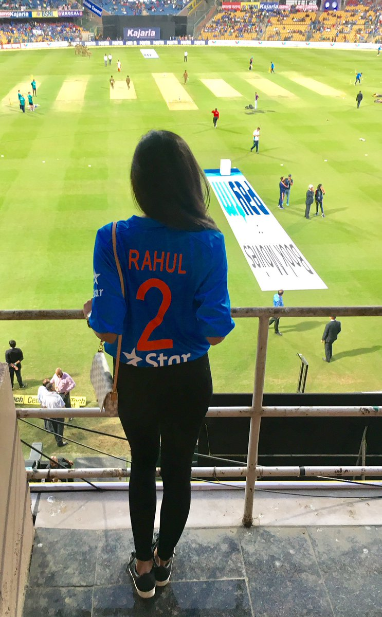 जबरदस्त बैटिंग से दिल जीतने वाले राहुल की GF!