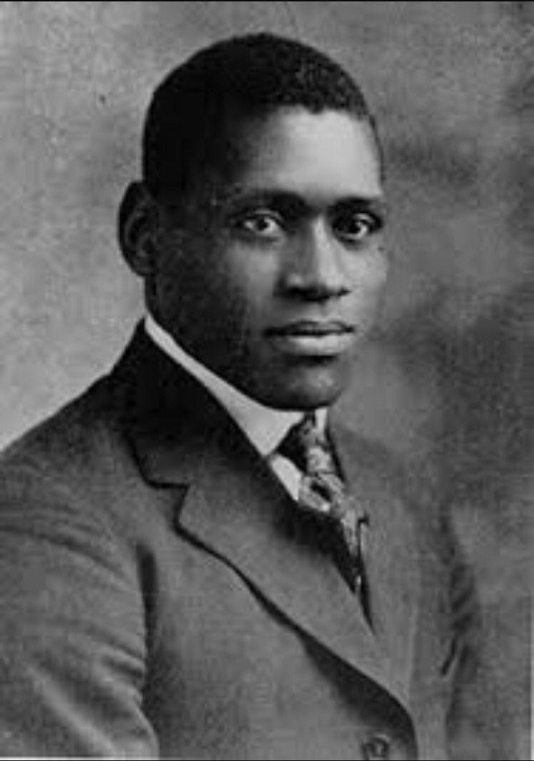 Day 1 Paul Robeson #BlackHistoryMonth #blackhistory #americanhistory https://t.co/klCDlXJW6c
