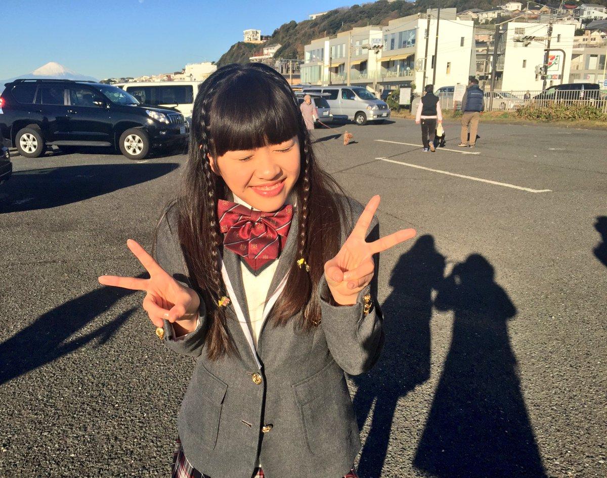 アルバムのジャケット、皆さん見ていただけましたか?今年の撮影はスタジオではなく、江ノ島・七里ヶ浜周辺…