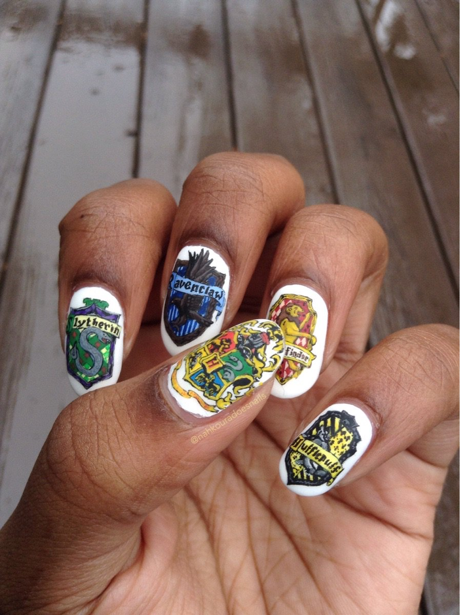 This Harry Potter Nail Art Is Seriously Magical