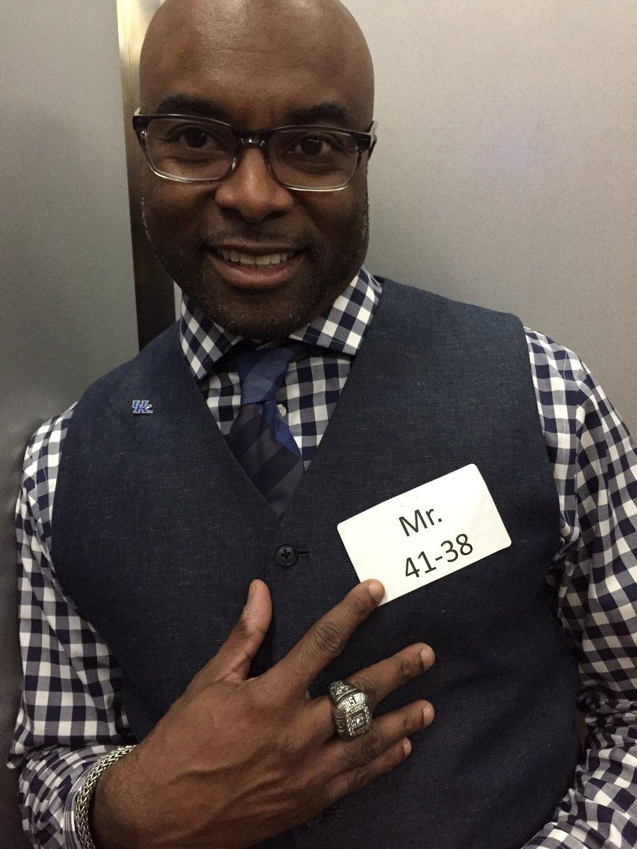 Today @CoachLamarT gave himself a nickname, Mr. 41-38.