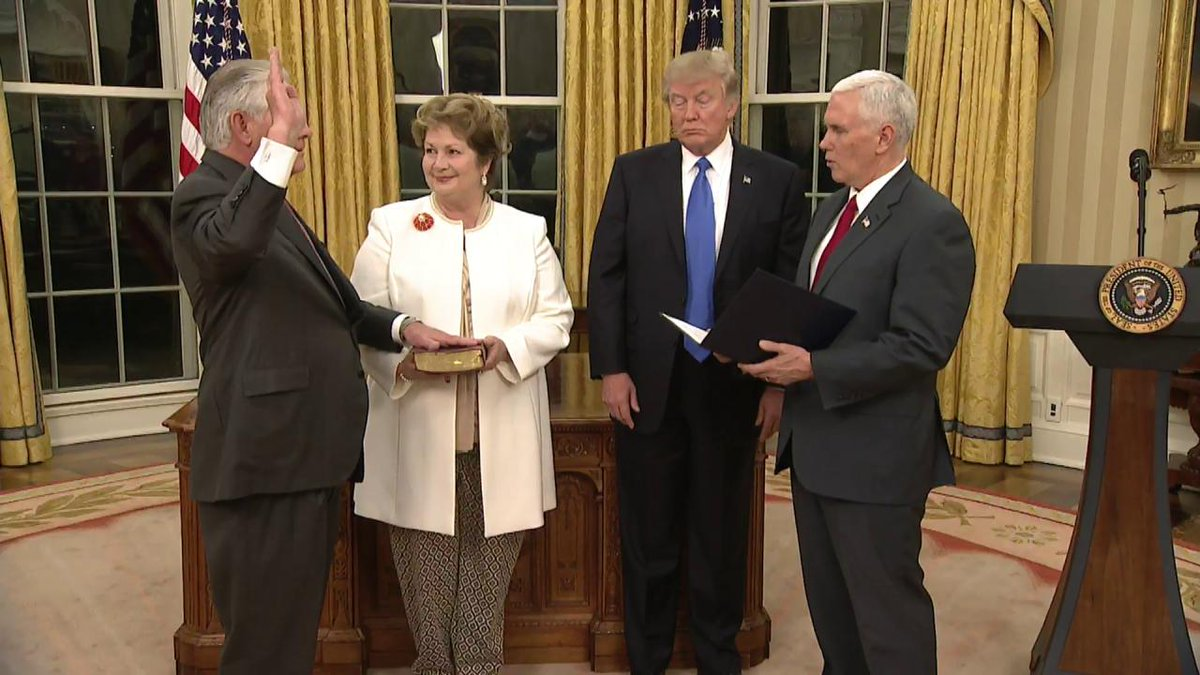 Watch the swearing in of Secretary of State Tillerson at the @WhiteHouse. https://t.co/xRDWIv09Ce
