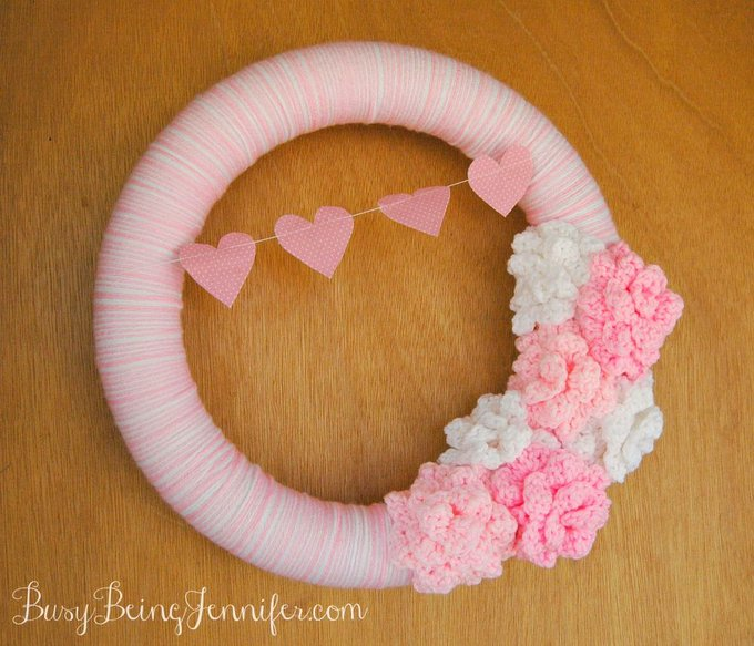 Yarn Wrapped Valentines Wreath