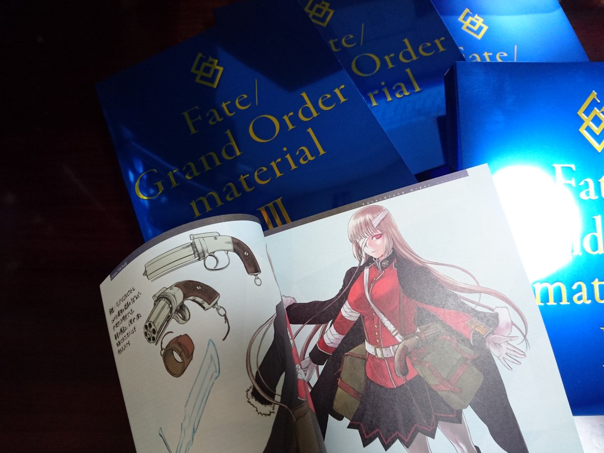 Fate/Grand Order material が祝・増刷とのことで3巻のナイチンゲールのページ…
