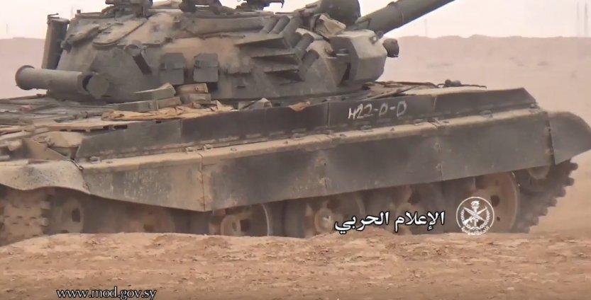 الدبابه T-62 السوريه ودورها في الحرب القائمه هناك  C3pM-ZiW8AAfzQ1