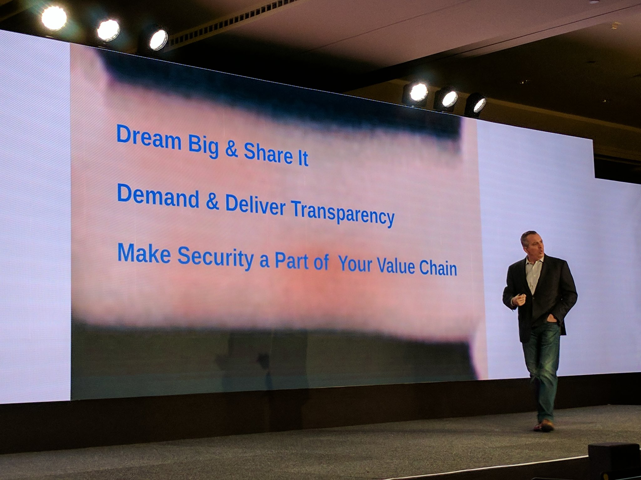 .@ADP Cloutier security recommendations  - Dream Big & Share - Demand & Deliver Transparency - Make security part of value chain #ADPReThink https://t.co/jscHueFu4x