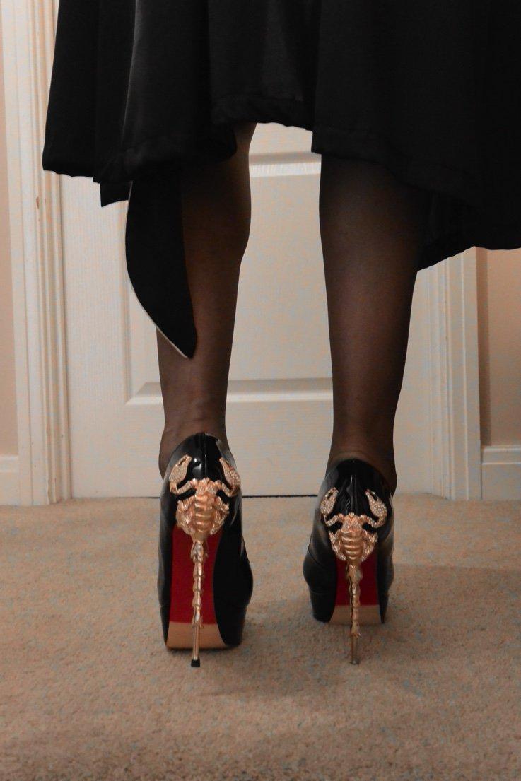 #shoeworship #stockingworship #nylonwors...