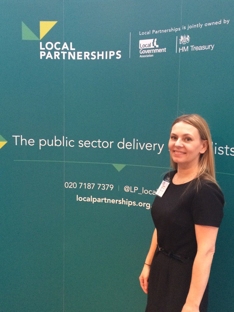 Welcome colleagues @districtcouncil conf! Linda Raynor will be talking about #Housing on panel with @GavinBarwellMP