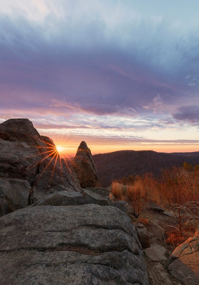"""""""The sky is the soul of all scenery.""""  ~Thomas Cole #sunrise #shenandoahnationalpark #findyourpark #morning https://t.co/kQ4t15qUl0"""
