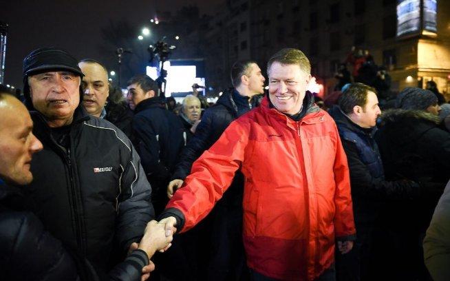 """""""Родители Захарченко получают пенсию на нашей территории. Они почему-то в """"новоросский"""" рай не едут"""", - министр Рева - Цензор.НЕТ 8887"""
