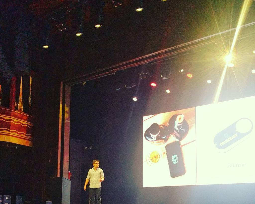 Amazing job by @harryraymond presenting the amazing success that @drinkeasyhq is having! Woohoo! #tsdemoday https://t.co/e2pWTbWHCd