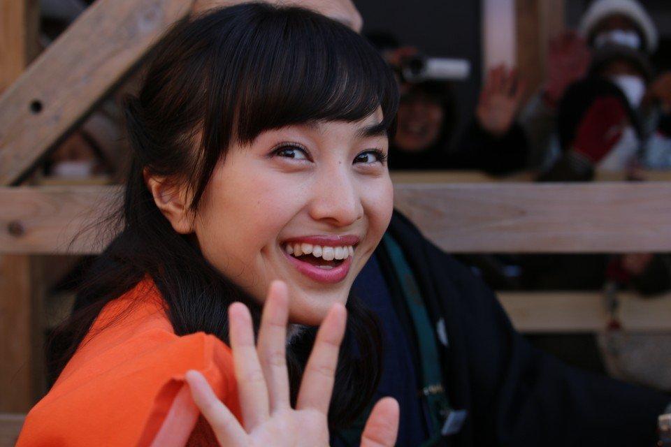 目の前をキアリス4人娘が! 萌え袖良子ちゃん(*^^*)