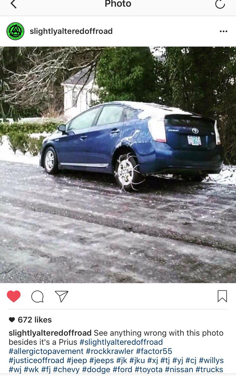 Ok Portland, by now hope we all know if we own front wheel or rear wheel drive autos. #pdxtraffic #pdxtst #pdxsnow <br>http://pic.twitter.com/p4NyNfG2Wd