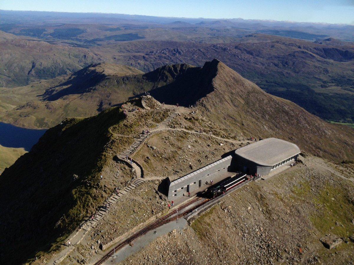 C3uycjuWMAA1vd5 - Snowdon's Hafod Eryri 10 years