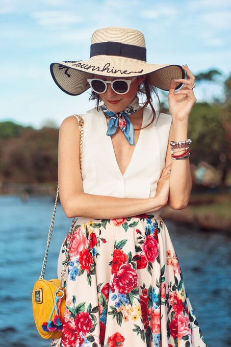 Summer Floral Midi Skirt Outfit