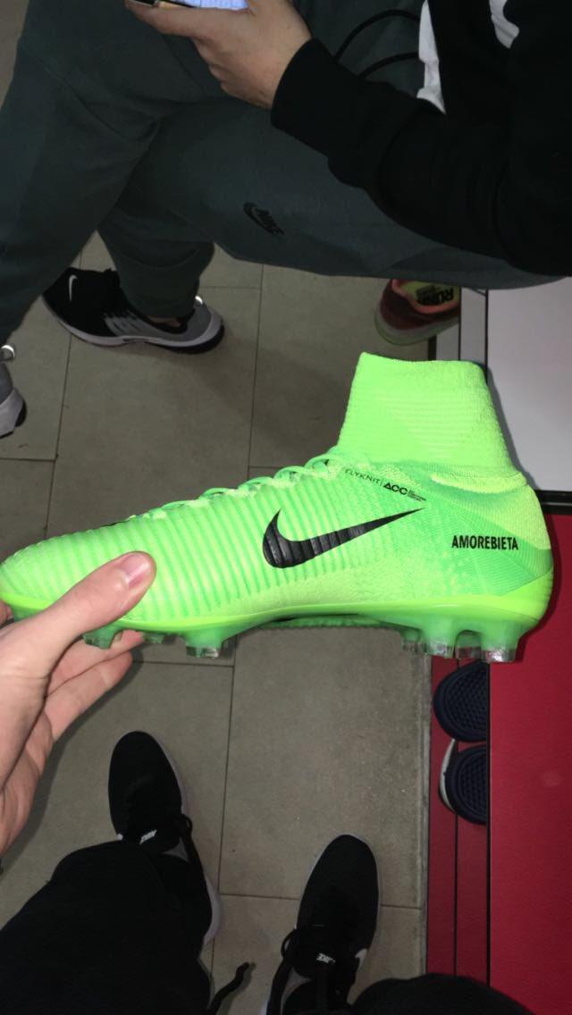 cc76505fdddbe entrenamiento de hoy con nuevas botas os gustan las nuevas nike mercurial  gracias nikefootball