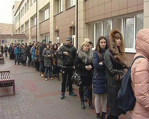 """Киевляне массово сдают кровь для воинов АТО: """"Это моя гражданская позиция - помочь ребятам, которые отстаивают нашу независимость"""" - Цензор.НЕТ 2784"""
