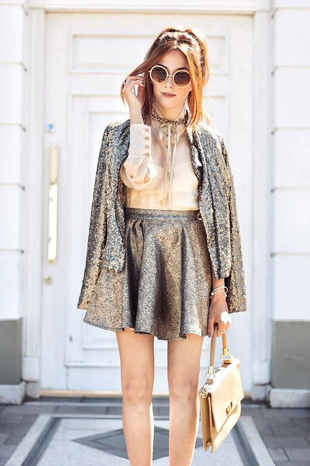 Golden Sequined Jacket Girly Outfit