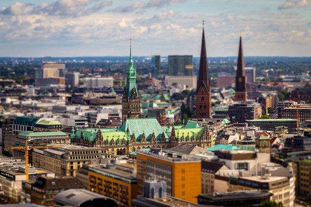Hop on a train to Hamburg to explore the city - just 3 hrs from Cologne  http:// ow.ly/MjsV308tL0e  &nbsp;   #VisitHamburg @GermanyTourism<br>http://pic.twitter.com/SDfFDWkaMU
