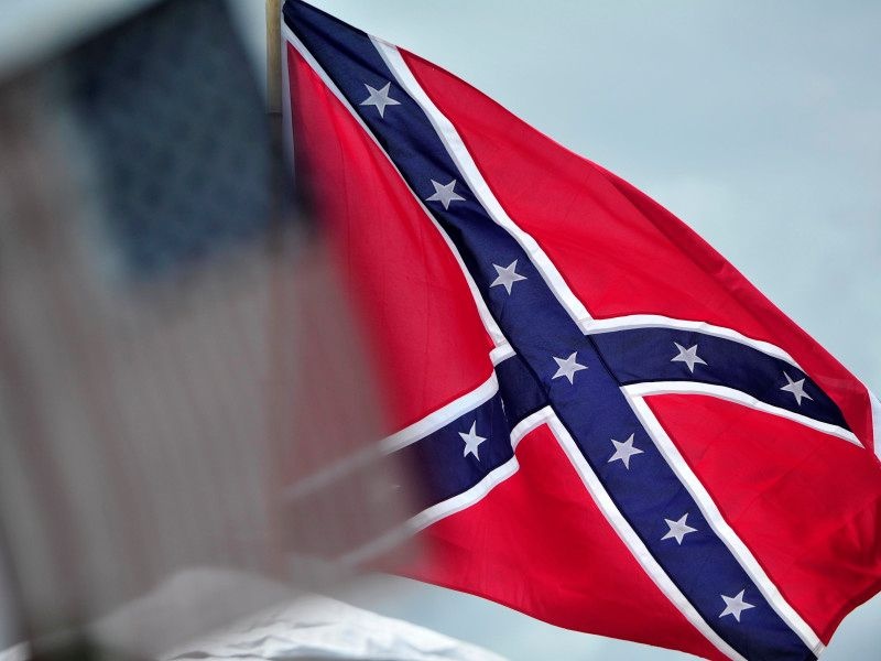 Confederate flag going back up at South Carolina monument https://t.co/Bw3BXonmOL https://t.co/TuGYeke3YT