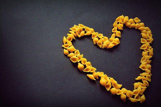 Hay verdaderos motivos para amar incondicionalmente la #pasta  http://www.huffingtonpost.es/2017/01/17/motivos-amor-pasta_n_14220204.html… vía @ElHuffPost