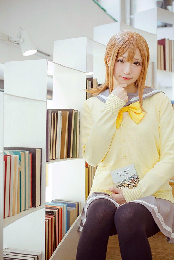 マルは本を読むのが大好きです(^^) 一緒に図書館に行こうよ〜♪  国木田花丸:贤儿sherry  …