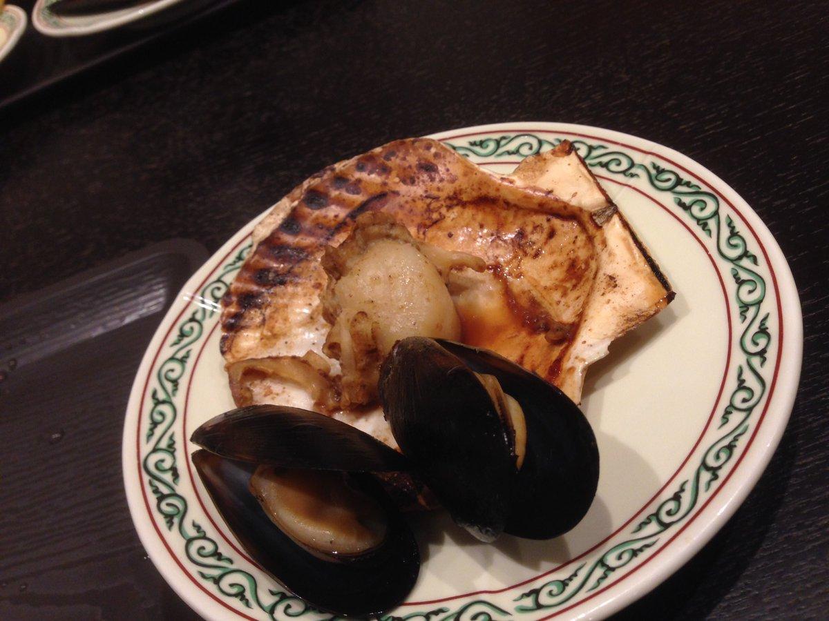 ススキノのROUND1の地下に根室食堂という居酒屋があるが昨日からランチが始まった!なんと海鮮食べ放…