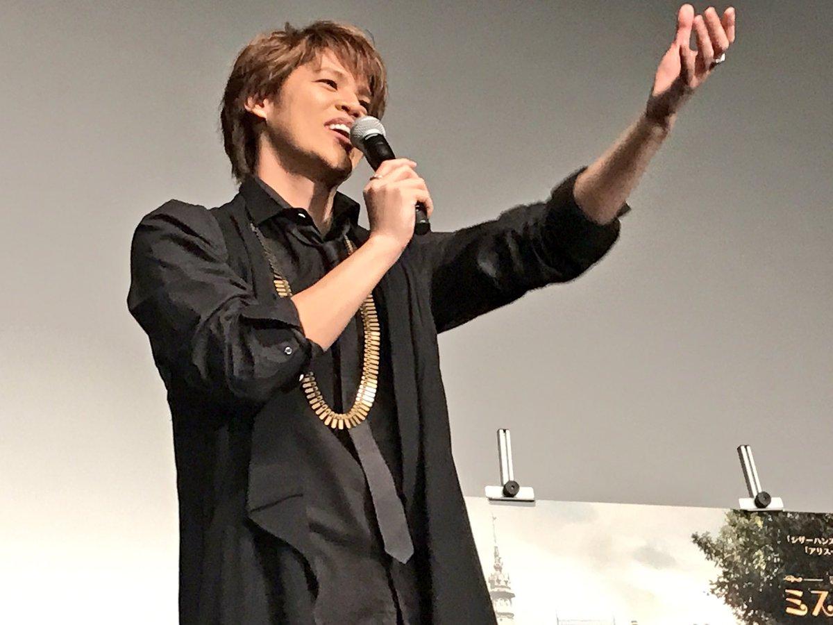 MC:家に奇妙なものはありますか? 宮野さん「色々な種類のプロテインがあります。寝る時用とか…いいん…