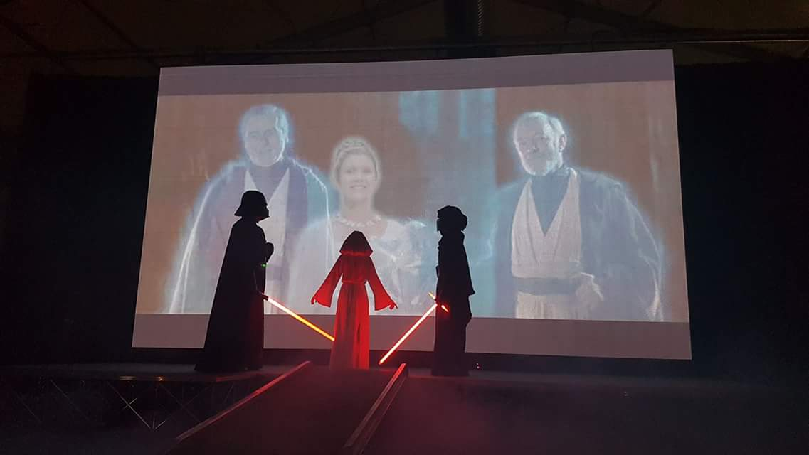 Tribute to Carrie Fisher at INVASION NI had everyone in tears! Amazing moment @eikoncomplex @EmeraldGarrison #StarWars #PrincessLeia <br>http://pic.twitter.com/EbvefbBDW9