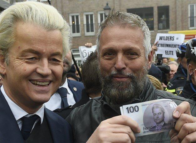 """Wilders start verkiezingscampagne: """"te veel Marokkaans tuig in Nederland"""" https://t.co/gIRcek71aC #nieuwsblad https://t.co/Kv4b04nsQV"""