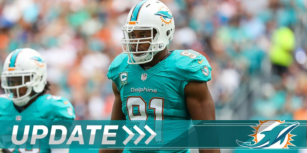 .@MiamiDolphins sign DE Cameron Wake to new 2-year deal: on.nfl.com/aLFstt