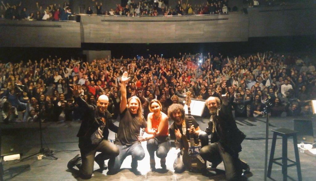 Gracias #Ourense !!!!!#tour #soyhumana  Noche de lujo. Sois lo más!!!! @AliasManagement <br>http://pic.twitter.com/Z0ycGQdwxf