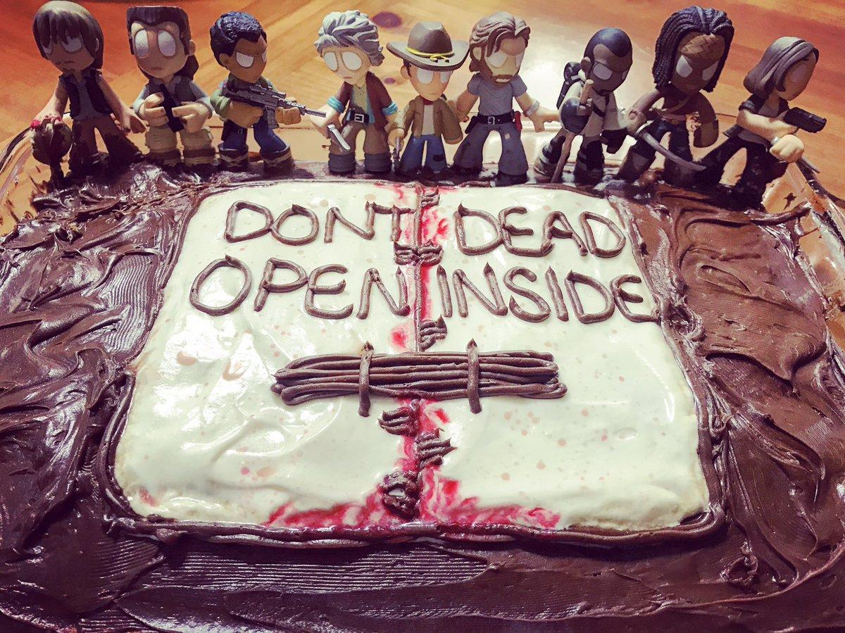 The Walking Dead Temporada 7: Noticias,Fotos y Spoilers. - Página 6 C401exaUEAASAdY