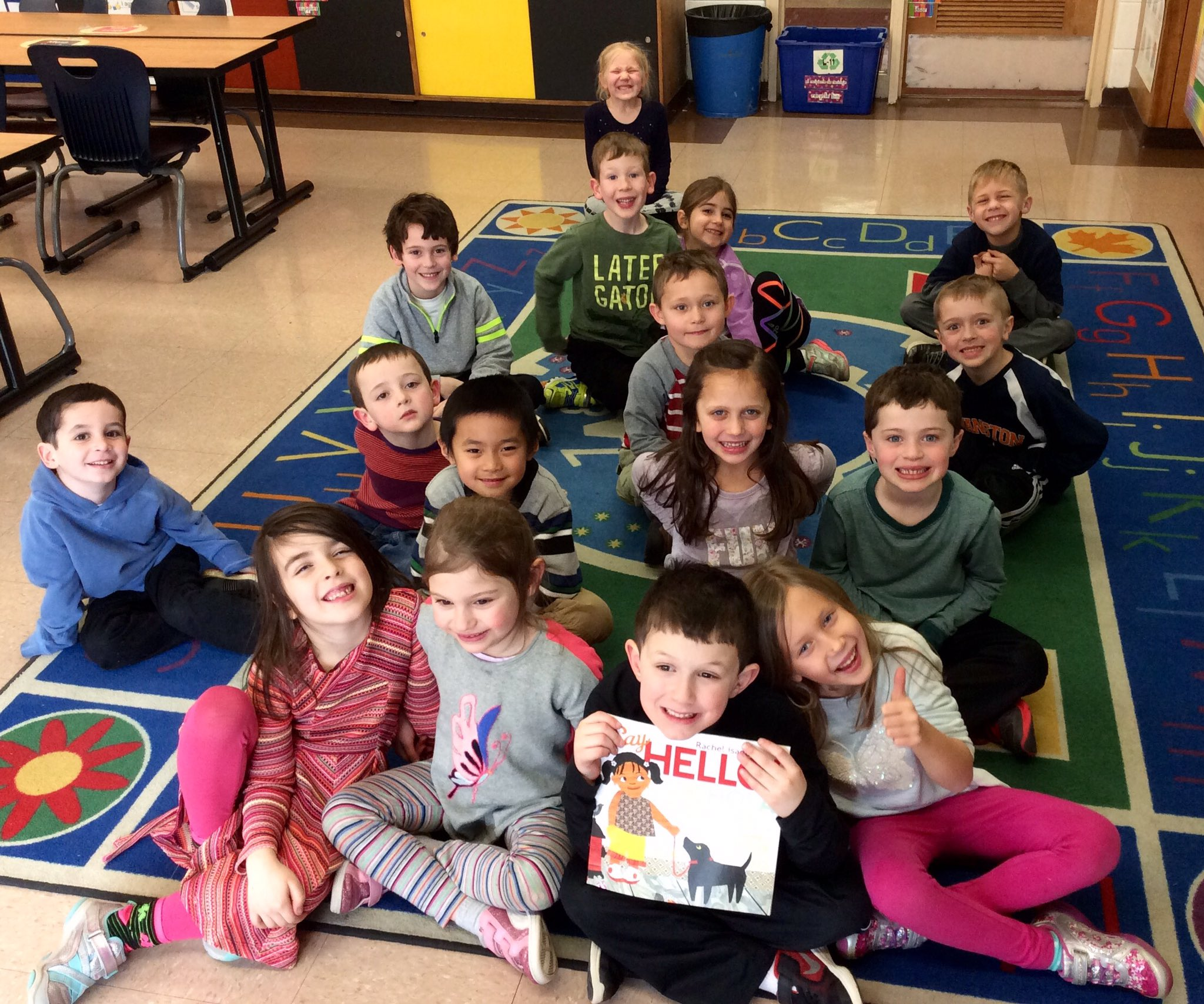 "Celebrating World Read Aloud Day! We learned how to say ""Hello"" in 8 languages!! #wrad17 #sp109 #engage109 https://t.co/admjYZpOnE"