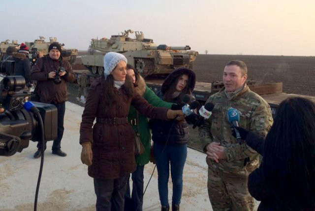 #USArmy: Soldiers, tanks and M88 recovery vehicles from 1st Battalion, 8th Infantry governmentnt have arrived at Kogalniceanu Airbase, Romania.