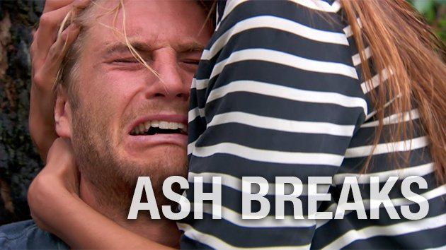 This is absolutely gut-wrenching. Who else cried during this scene?! WATCH:  http:// bit.ly/LosingBillie  &nbsp;   #HomeandAway <br>http://pic.twitter.com/WzsxlQe9ec