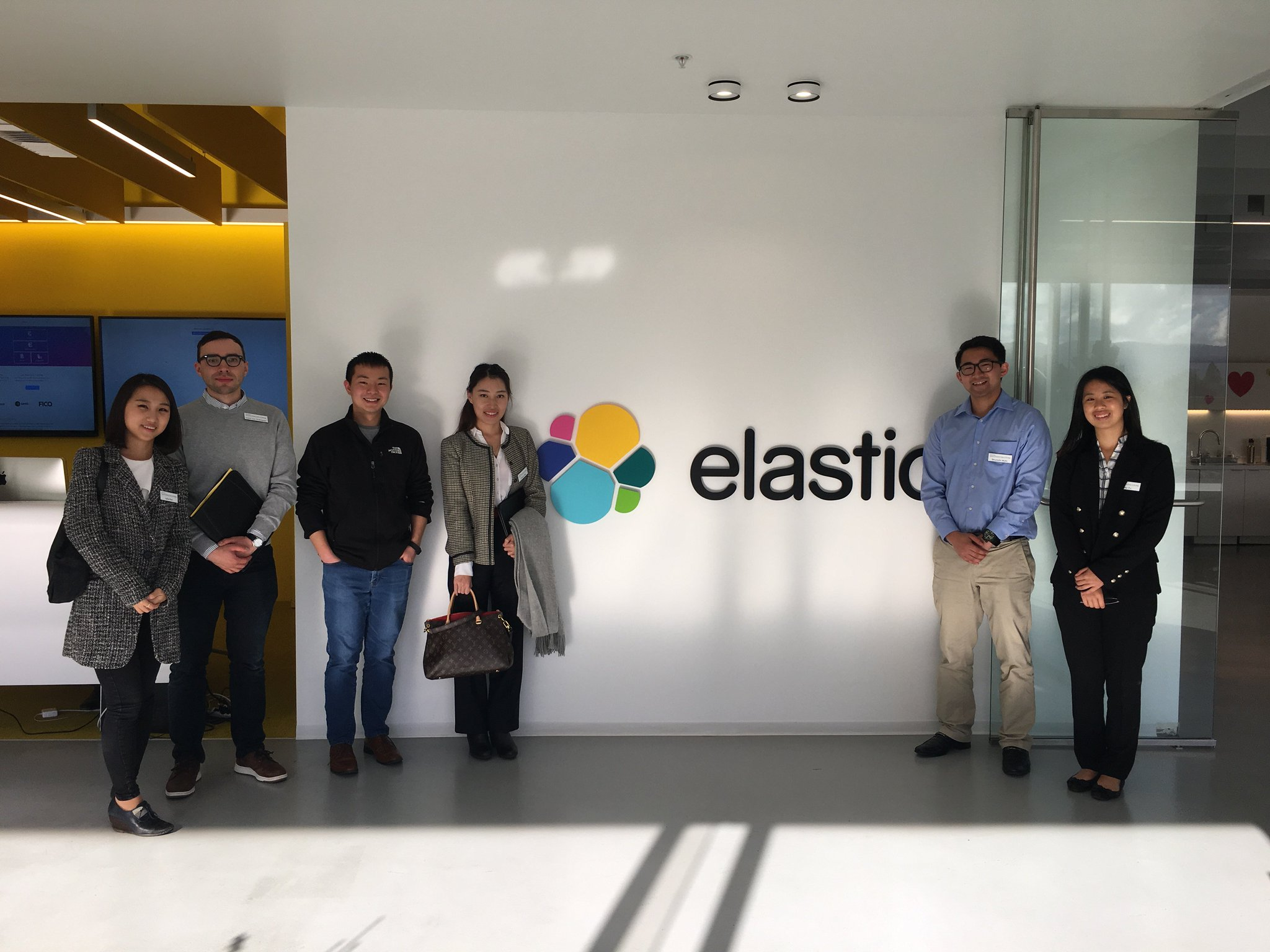Students also didn't skip out on seeing Elastic in #SiliconValley—thanks for the wonderful visit, @elastic! https://t.co/T28fhd1Mzb