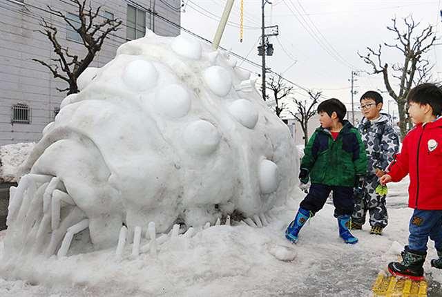 ナウシカ「オーム」が山王に登場 地元男性が雪像制作 https://t.co/OmM9omnw7L #akita https://t.co/u7acVfb8KD