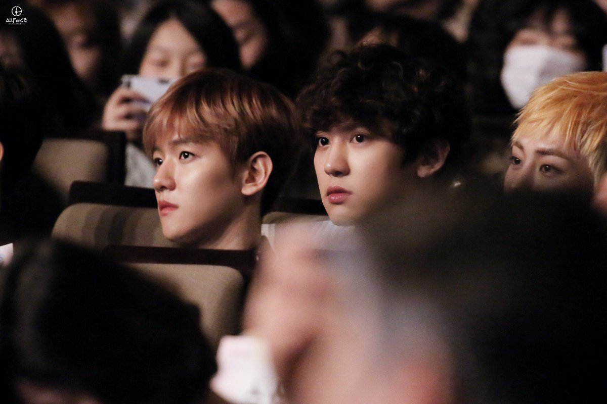 20170216 Edaily Culture Awards✨🔥💕#CHANBAEK #CHANYEOL #BAEKHYUN #찬열 #백현 #찬백 pbs.twimg.com/media/C41O2A7U…