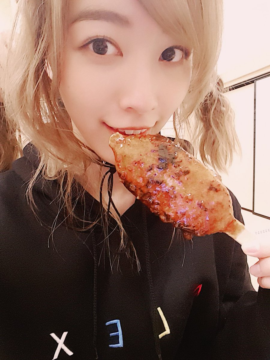 こんにちは👋😆✨ 実は、大好きな五平餅💕 スター・ウォーズ展のテープカットのときに、名古屋城で久しぶ…