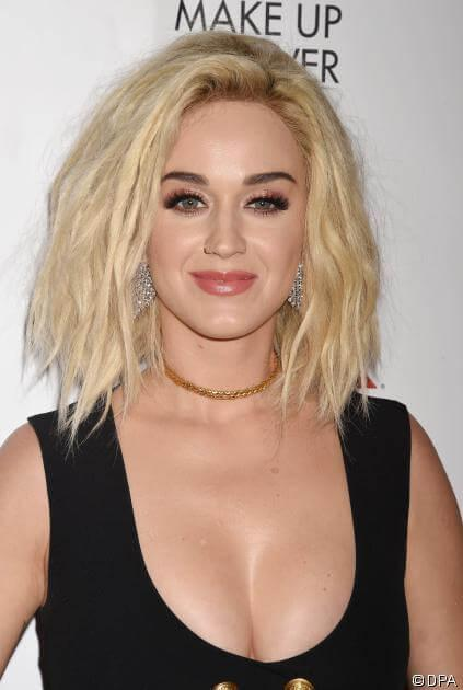 Katy Perry Zeigt Uns Die Trend Frisur 2017 Der Shaggy Bob Diesen