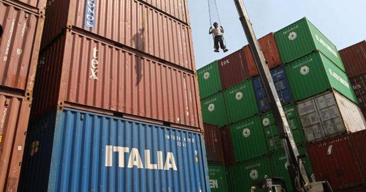 Commerce extérieur italien en 2016 : +78 milliards d&#39;euros  http://www. italie-france.com/fr/commerce-ex terieur-italien-en-2016 &nbsp; …  #Italy #economy #commerceexterieur  #économie #croissance<br>http://pic.twitter.com/GqKs5SICJZ