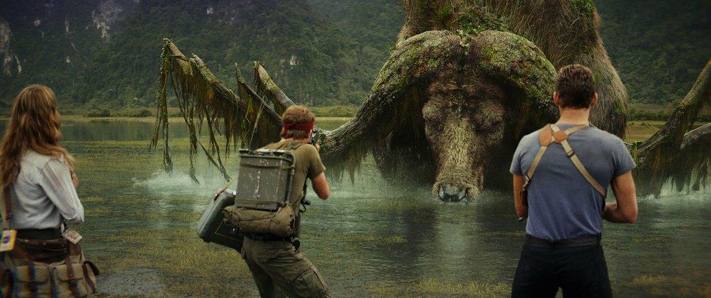 【髑髏島の巨獣 No.4】 ・スケル・バッファロー ・体長:13メートル ・角の長さ:19メートル …