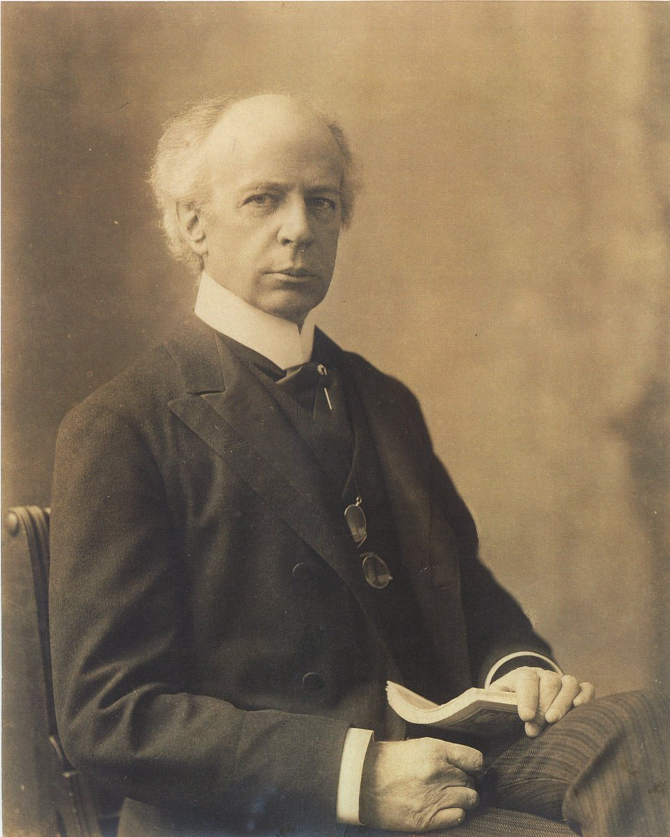 life and career of the canadian prime minister wilfrid laurier Politics of compromise wilfrid laurier is the master of conciliation but his luck eventually runs out nicknamed the great conciliator, prime minister wilfrid laurier led canada into the 20 th.