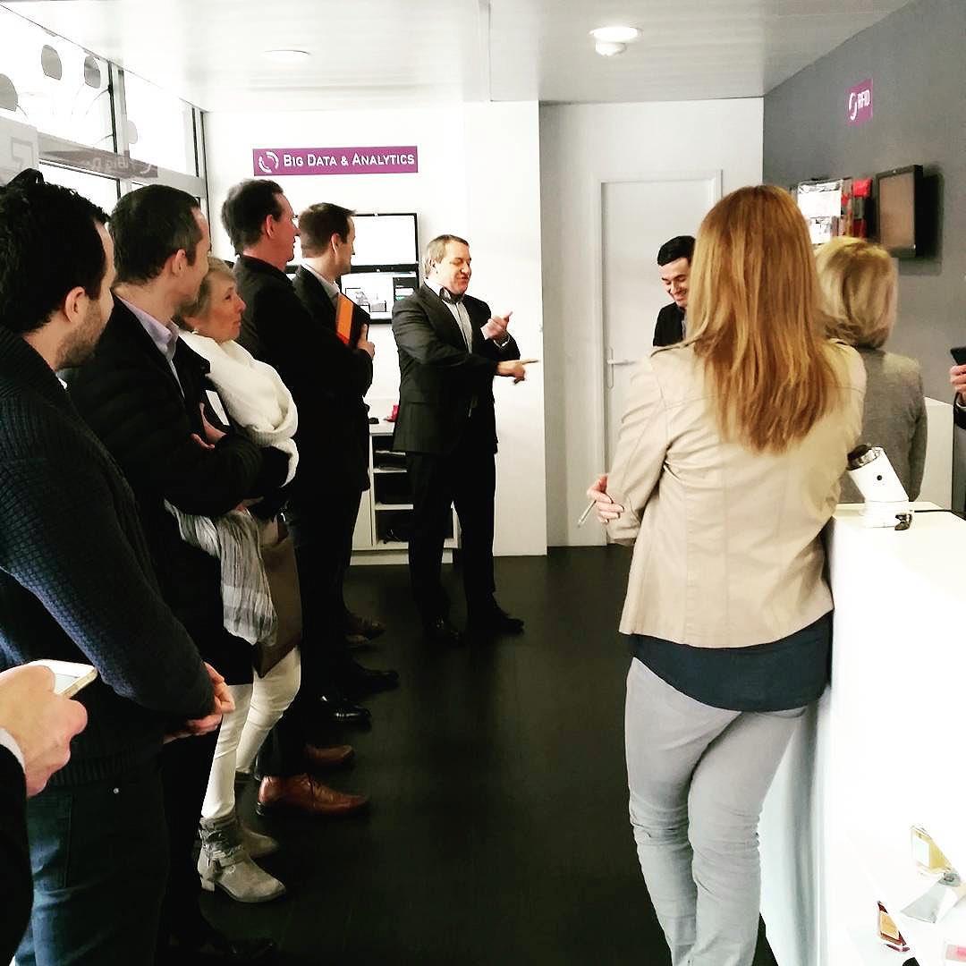 Ce matin nous visitions l&#39;#InnovationStore de @CegidGroup à Lyon  #Clotoo #3Dprinting #3D<br>http://pic.twitter.com/d9ie5Mp0mM