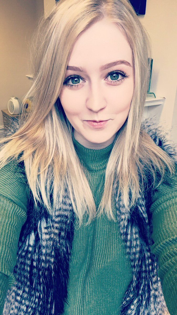 #MeetTheTeam Bethany - The Amazing Administrator she may be small but she&#39;s mighty! #PayrollPrincess<br>http://pic.twitter.com/rXMTXVUAYz