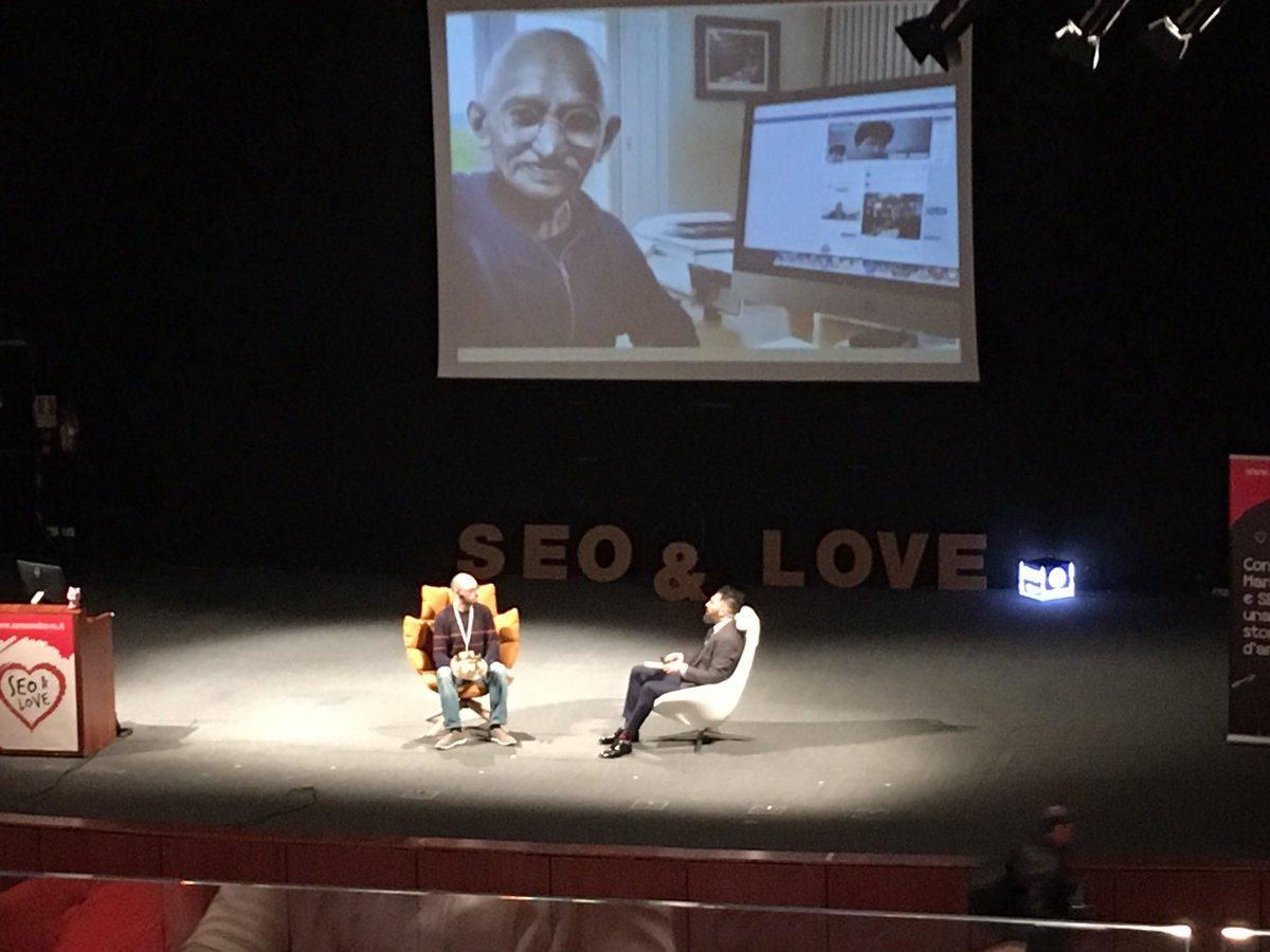 Da @NetflixIT al #SEOandLove, ma prima ancora dallo stanzino dove ha iniziato a 12 anni, @salvoaranzulla. https://t.co/FELwwlzN7B