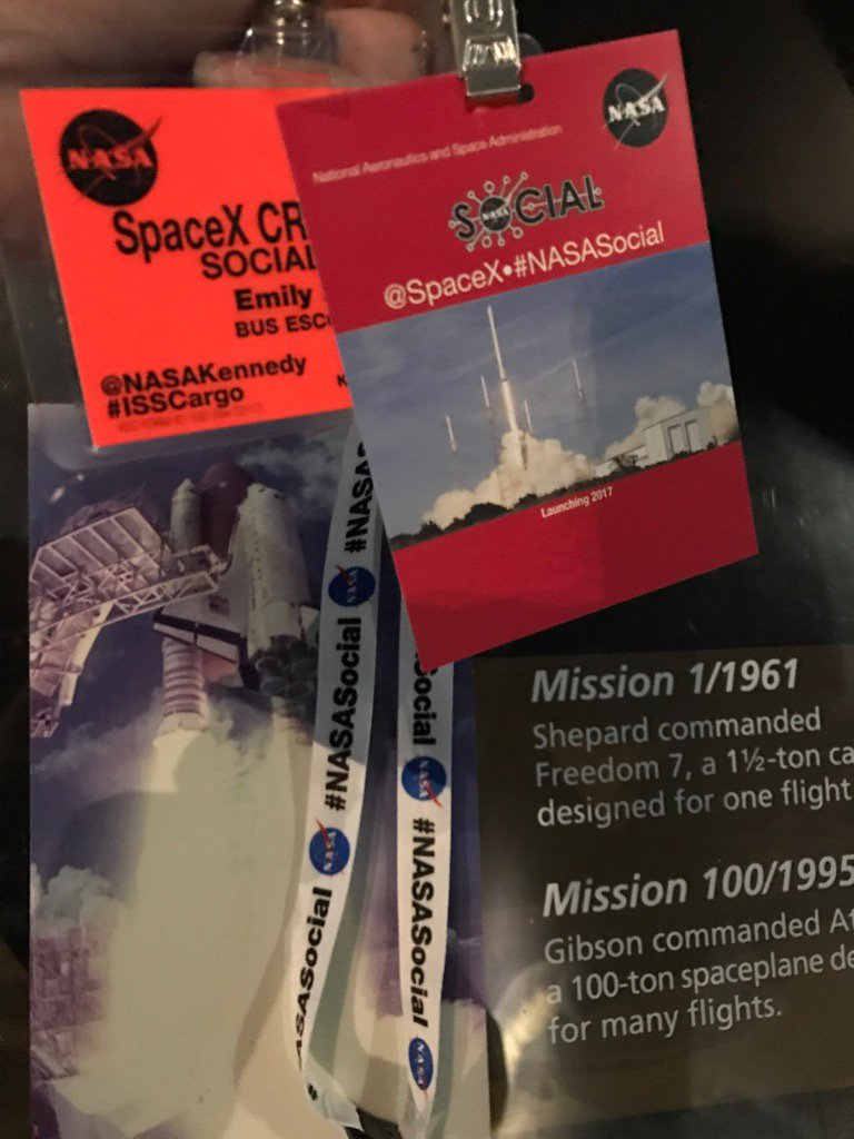 It's been a crazy journey to get here, let's get this day started ! #devilschat #NASASocial https://t.co/CFYTHYikrT