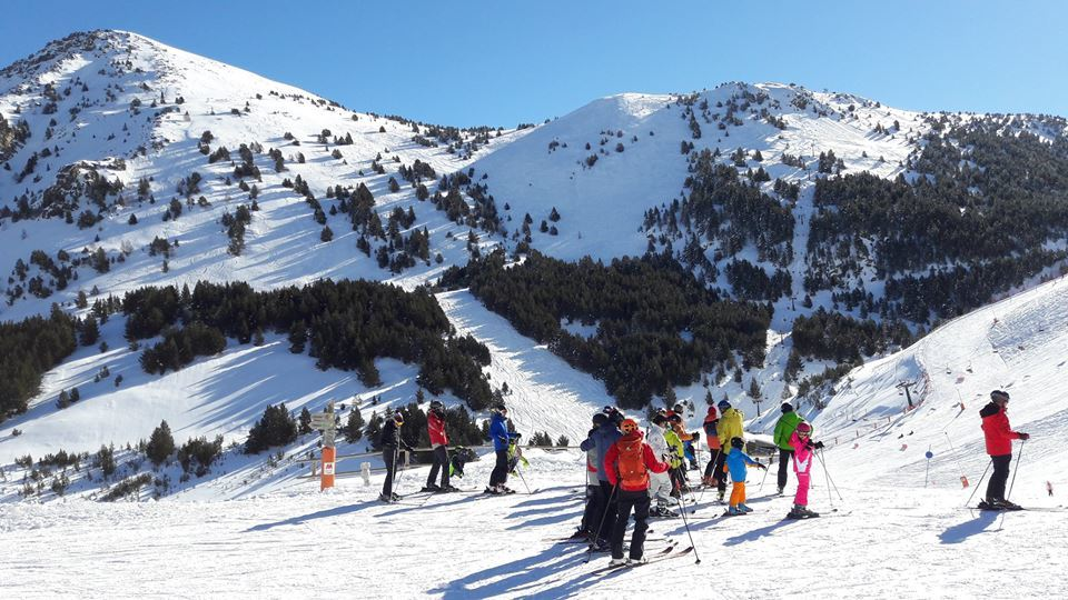 El 85% de las pistas de España estarán abiertas este fin de semana. 📷: Cerler esta semana https://t.co/dSnP5VeZdo  @Atudem_es @infonieve